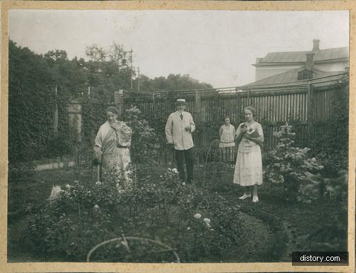Групповая фотография жителей Российской империи