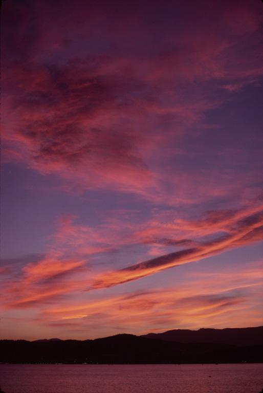 Оранжевые облака. Лоран Лаведер.