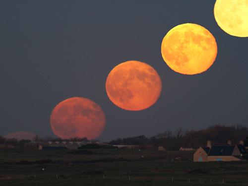 Рост Луны. Лоран Лаведер